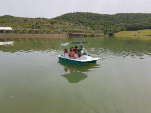 AIS students at resort