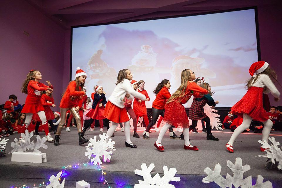 AIS Christmas Show 2019